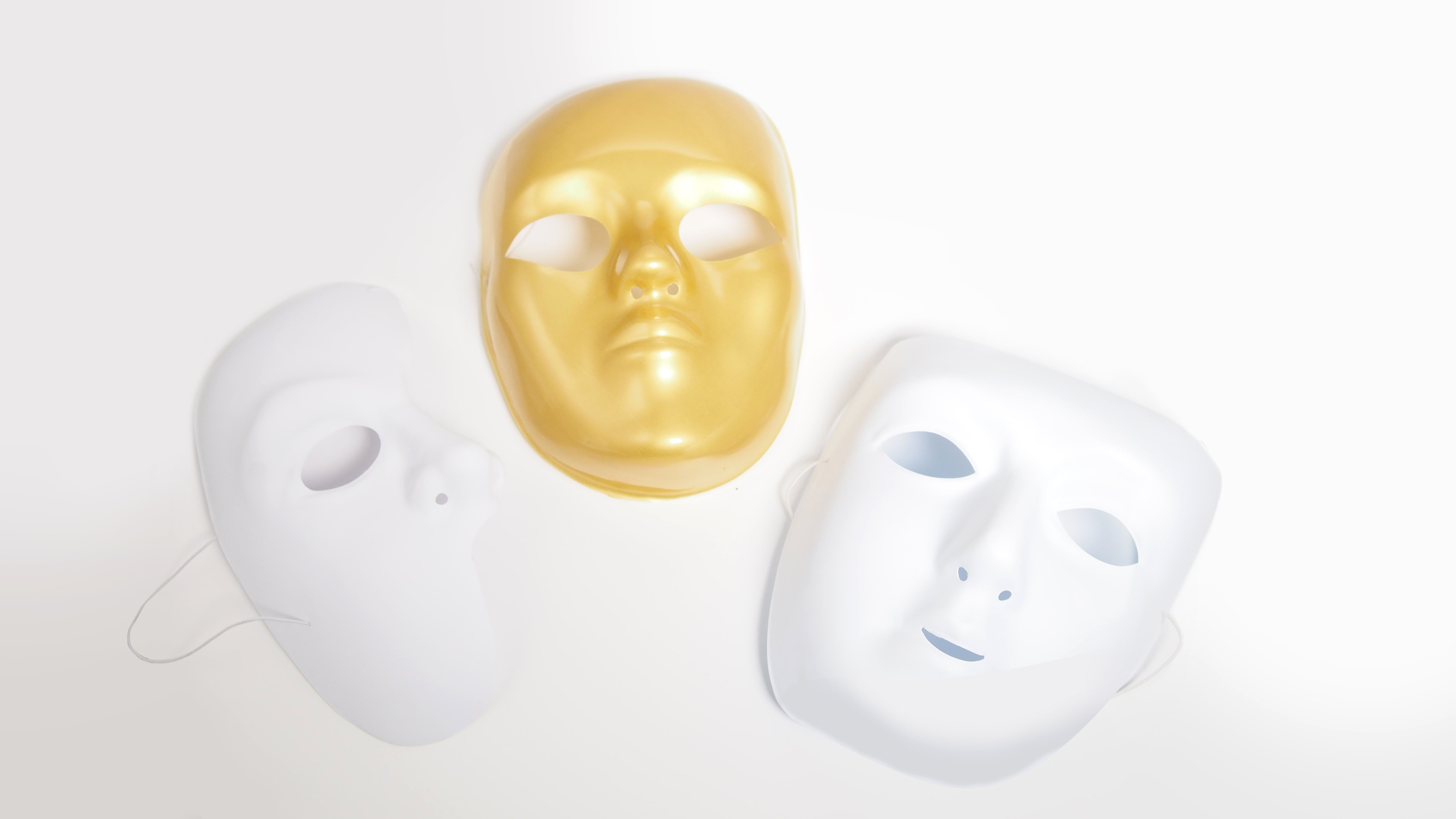 SUPER HERO MASK BUMPER PACK OF 24 - Click for more info