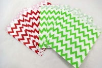PAPER BAGS XMAS ZIG ZAG 12 PC - Click for more info
