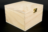 WOODEN BOX W/CATCH LGE 180 X 130MM 1 PC # - Click for more info