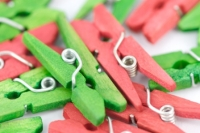 PEG WOOD MINI XMAS 45mm 48 PC - Click for more info